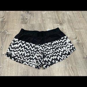 Nike Dri-Fit Chevron Black Gray Shorts Medium